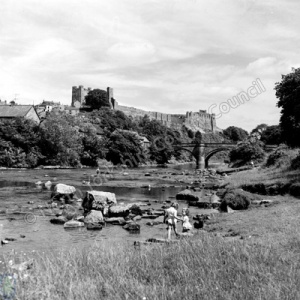 River Swale, Richmond Bridge and Richmond Castle